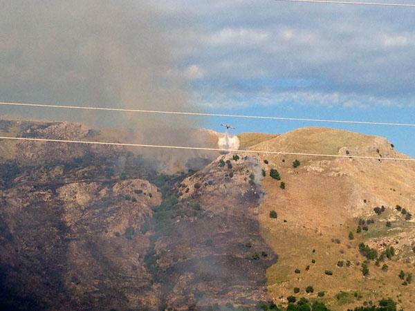 Un incendio a Santa Domenica Talao ad agosto 2015