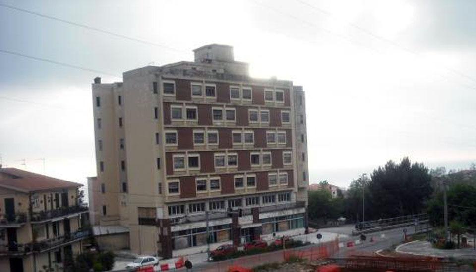 Ex istituto alberghiero paola hotel gran giulia