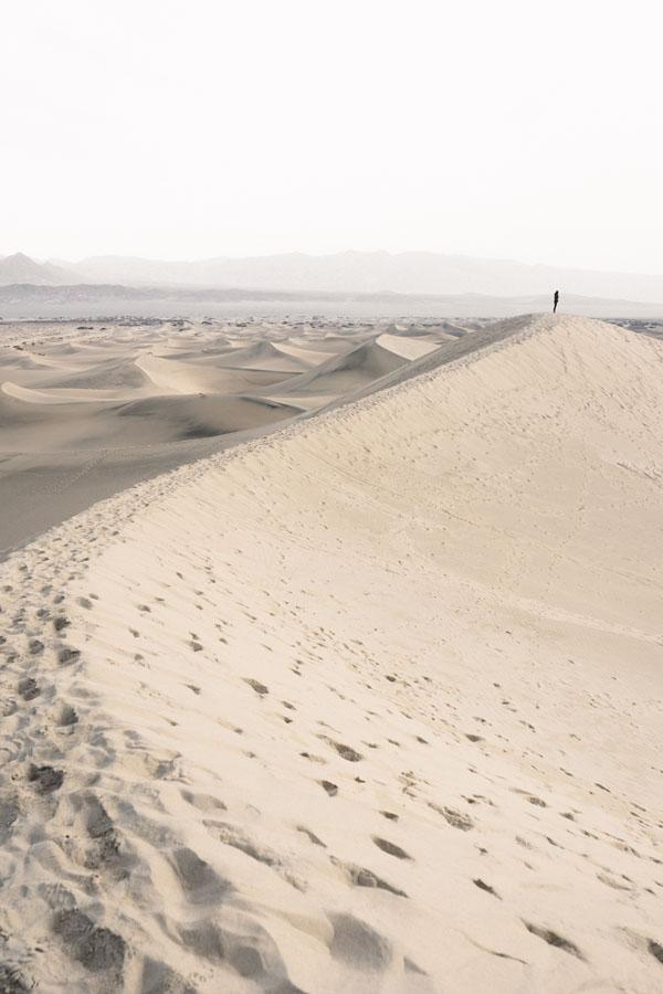 dio nella città deserto morte