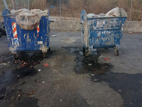 scalea discarica piano dell'acqua degrado rifiuti