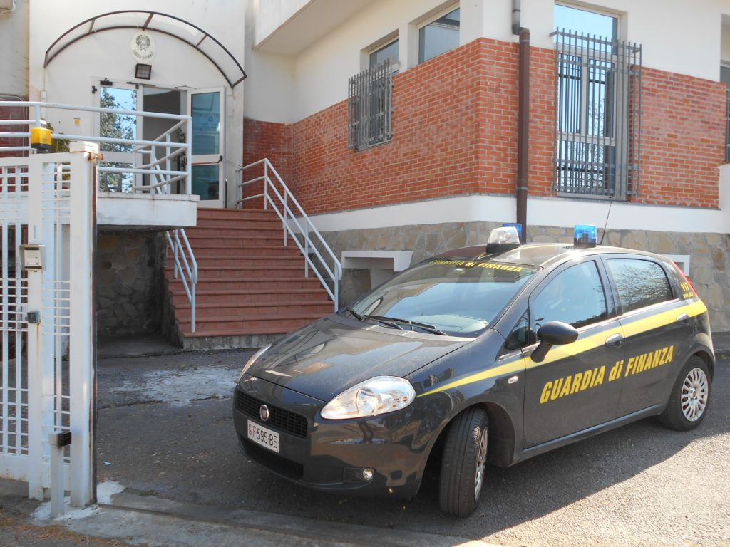 guardia finanza maratea