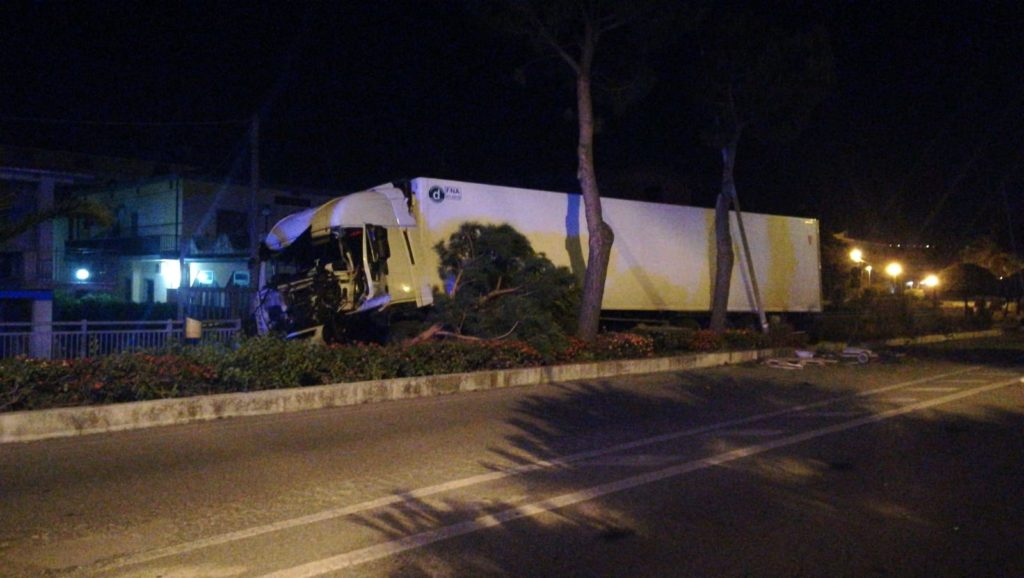 santa maria cedro tir camion incidente
