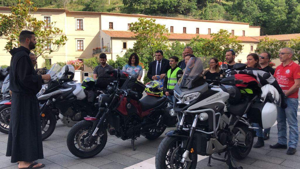 teste casco paola moto club san francesco pio