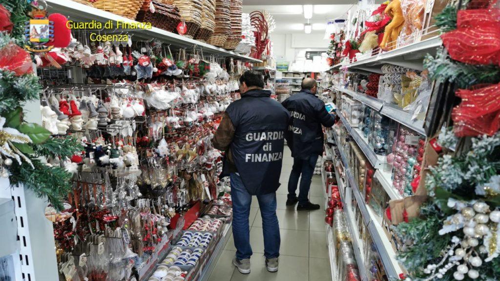 sequestro prodotti pericolosi natale finanza cosenza