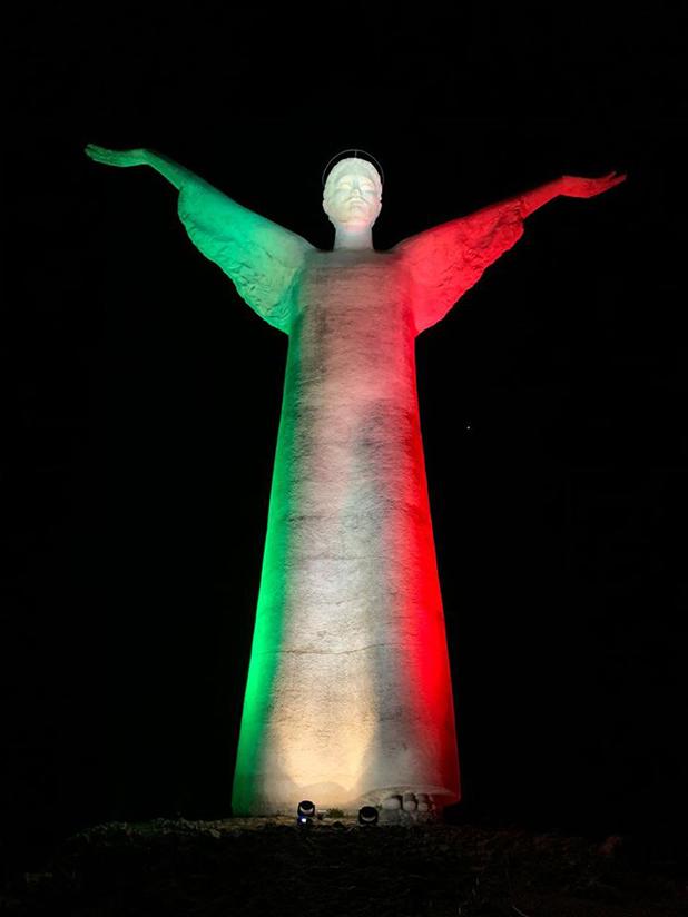 cristo redentore maratea tricolore